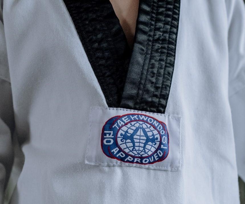 O Taekwondo no limite do contacto